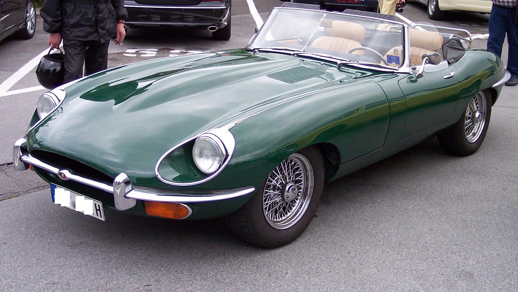 jaguar_e-type_4-2_coupe_green_vl